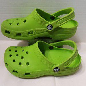 CROCS lime green color sandals M5 W7
